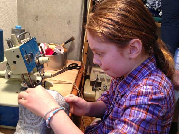 Sewing-Class-Girls-Tokyo-2