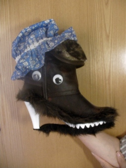 Woolf-Boot with Grandma's hat (I also made him glasses !!)
